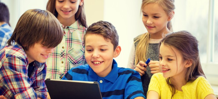 pupils-coding-in-school-1